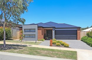Picture of 8 Five Mile Way, Woodend VIC 3442