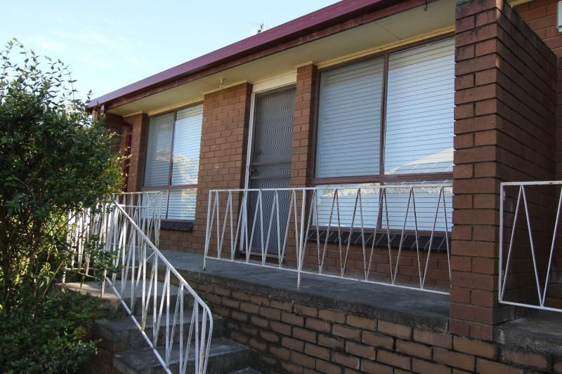 2/619 Neill Street, Soldiers Hill VIC 3350, Image 0