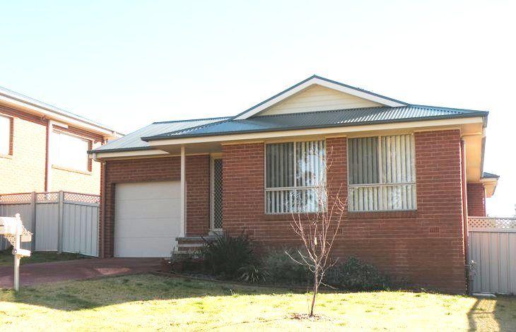 113 Binalong Street, Young NSW 2594, Image 0