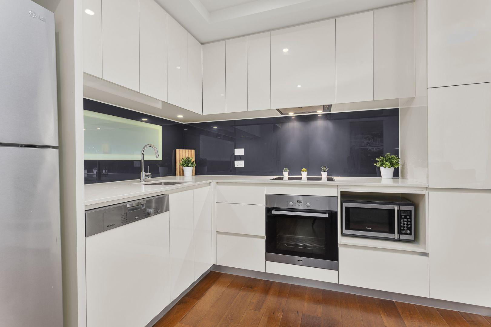 315/101 Bay Street, Port Melbourne VIC 3207, Image 0