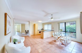 27 Highlands Terrace, Springfield Lakes QLD 4300