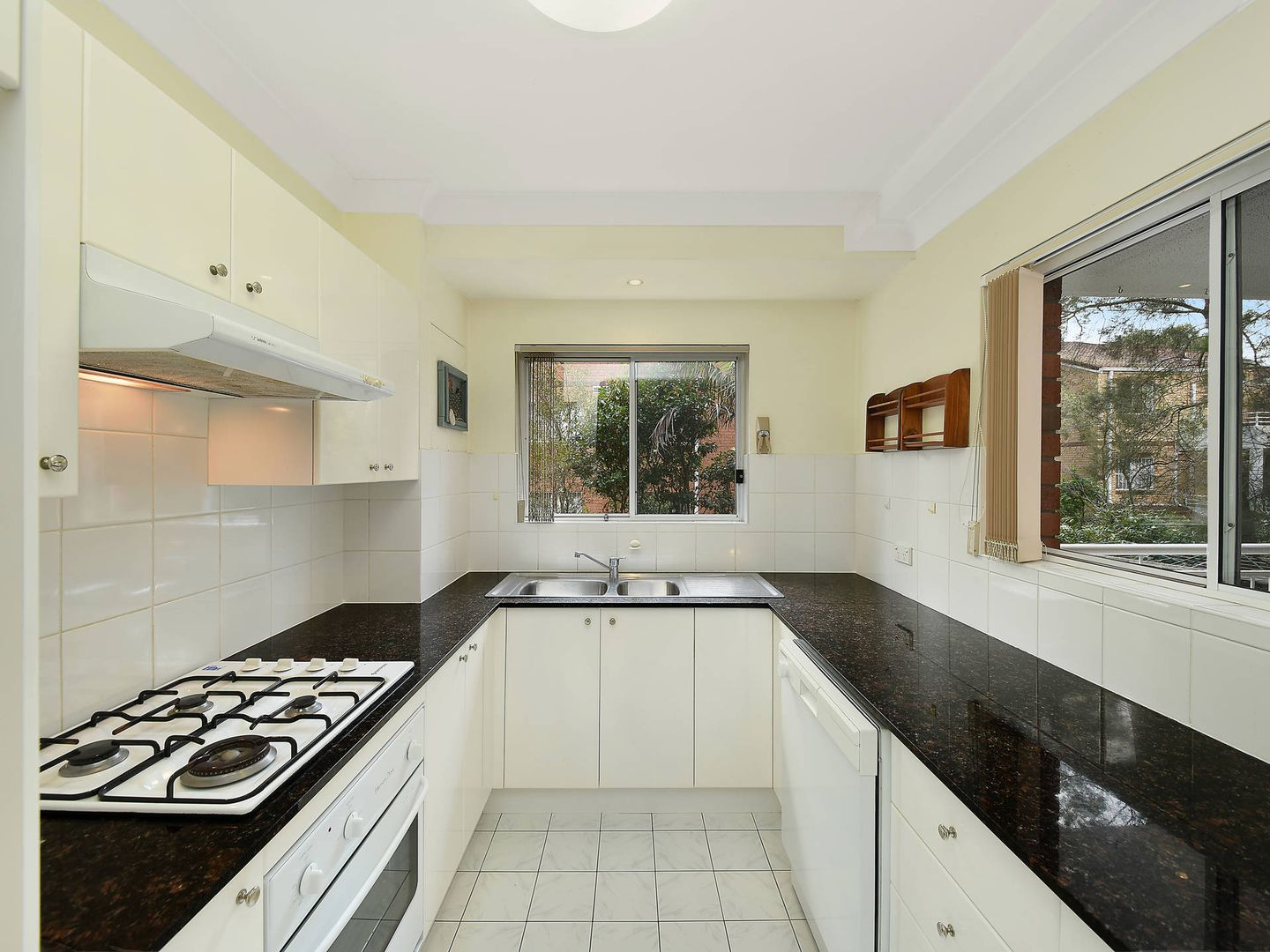 4/44-46 Albert Street, Hornsby NSW 2077, Image 2