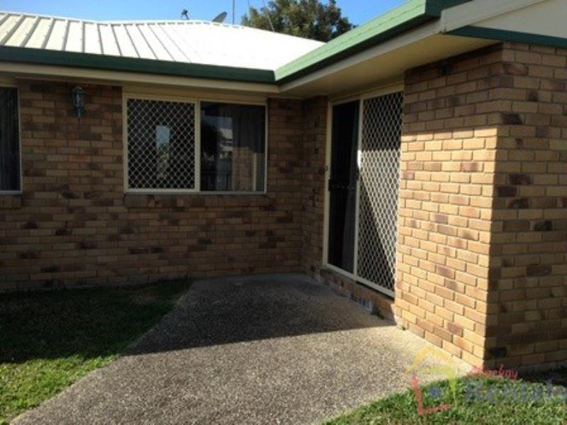 1/62 Gunsynd Street, Ooralea QLD 4740, Image 0