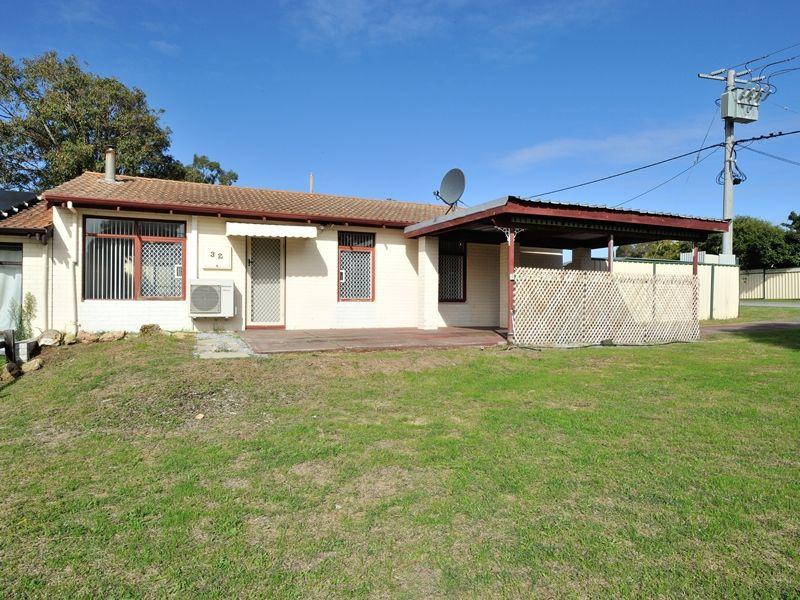32 Coleman Road, Calista WA 6167, Image 1