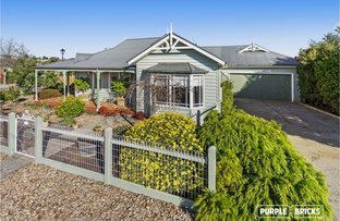 Picture of 31 Drummond Street, Caroline Springs VIC 3023