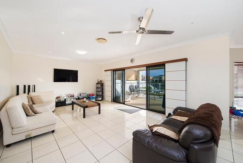 44 The Sovereign Mile, Sovereign Islands QLD 4216, Image 2