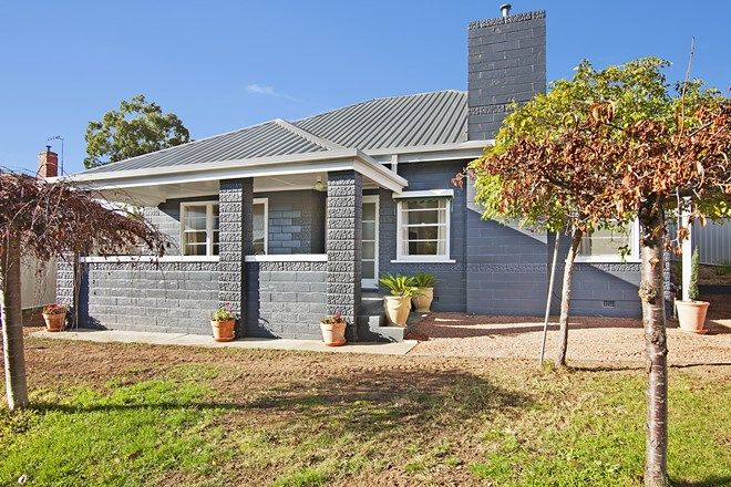 Picture of 48 Moran Street, LONG GULLY VIC 3550