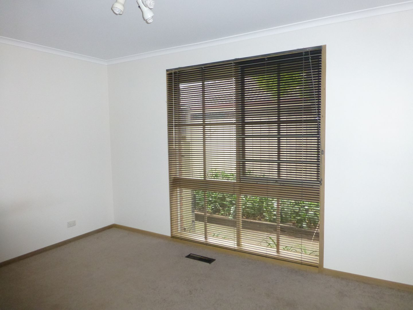 6 Bourke Crescent, Hoppers Crossing VIC 3029, Image 1