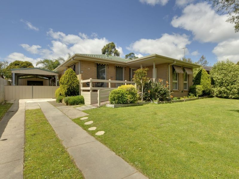 1 Coora Pl, Churchill VIC 3842, Image 0