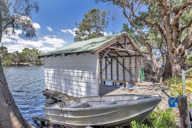 Picture of 168 Culeenup Road, NORTH YUNDERUP WA 6208