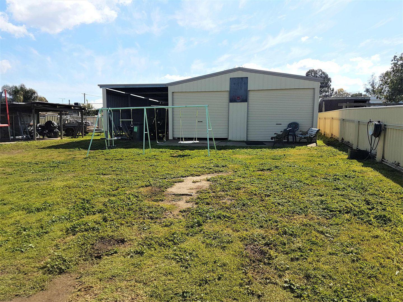 17 LAUREL ST, Kootingal NSW 2352, Image 2