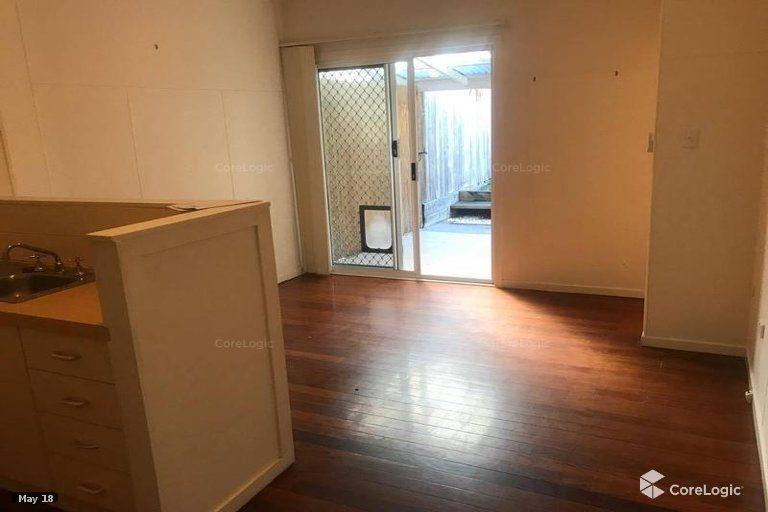 2/83 Mackay Street, Coorparoo QLD 4151, Image 2