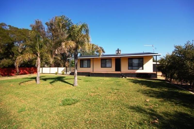 10 Urana Street, Collingullie NSW 2650, Image 0