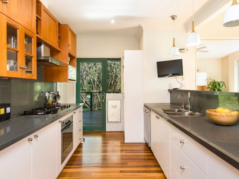 56 Bolwarra Road, North Narrabeen NSW 2101, Image 1