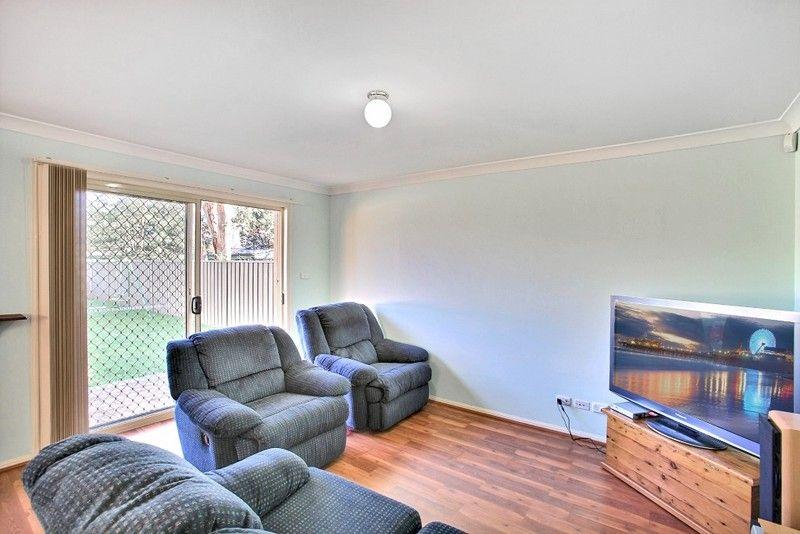 36B Thirlmere Way, Tahmoor NSW 2573, Image 2