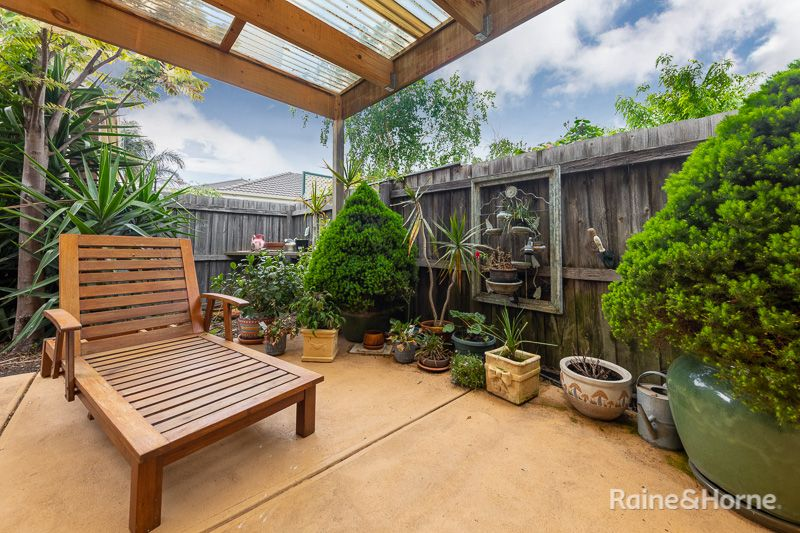 2 Severino Place, Sunbury VIC 3429, Image 2