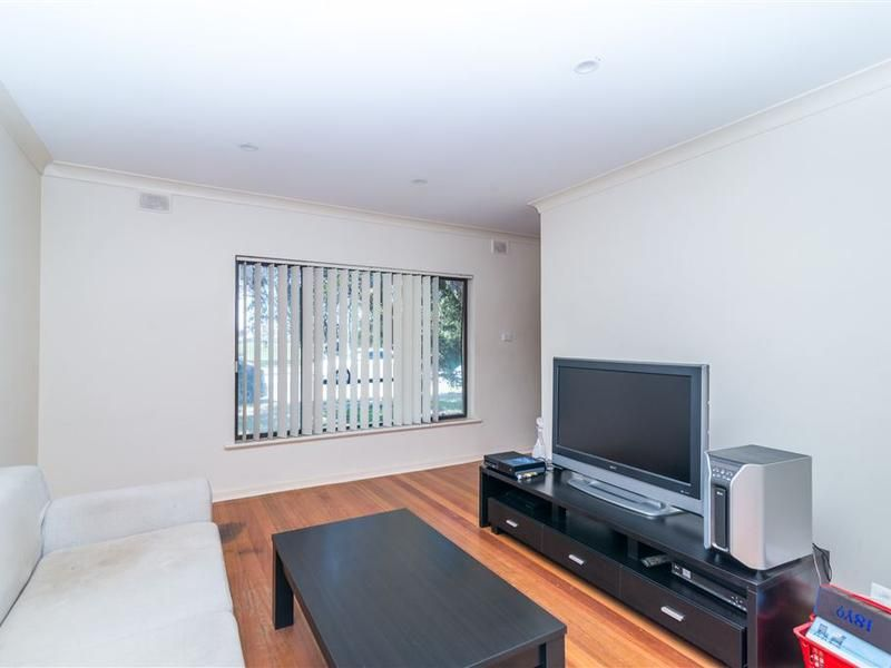 2/35 Cudmore Terrace, Henley Beach South SA 5022, Image 1
