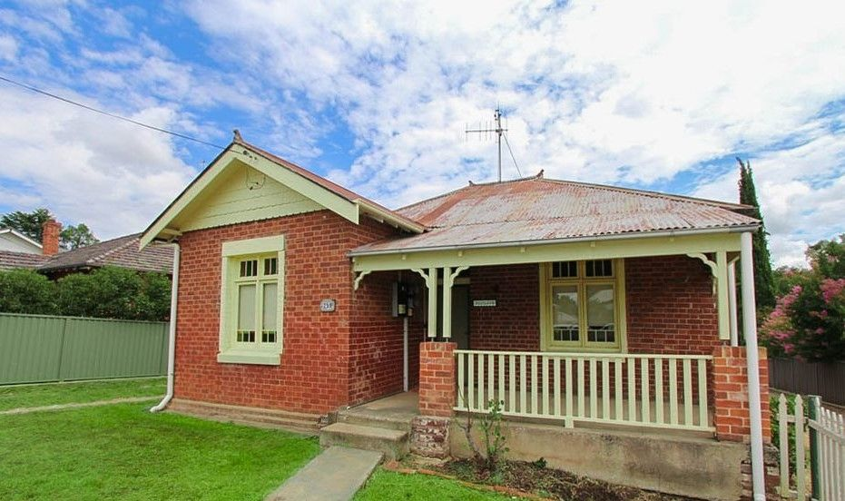 259 & 259a Bentinck Street, Bathurst NSW 2795, Image 0