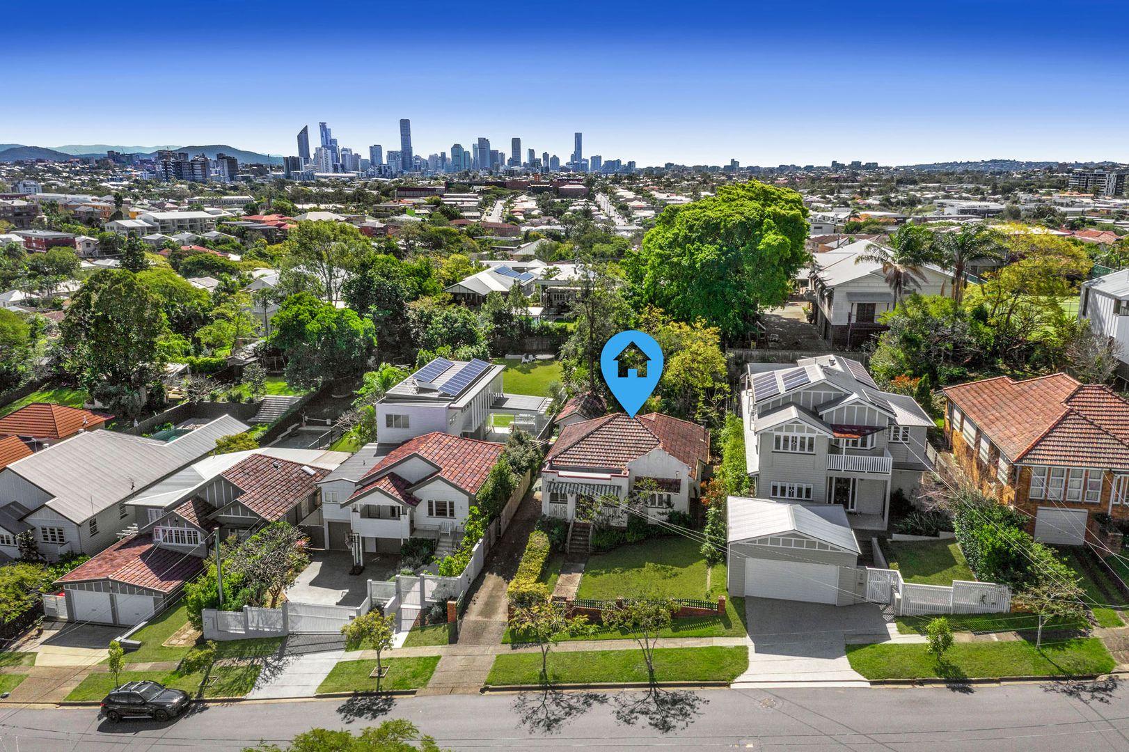 62 Hipwood Avenue, Coorparoo QLD 4151, Image 0