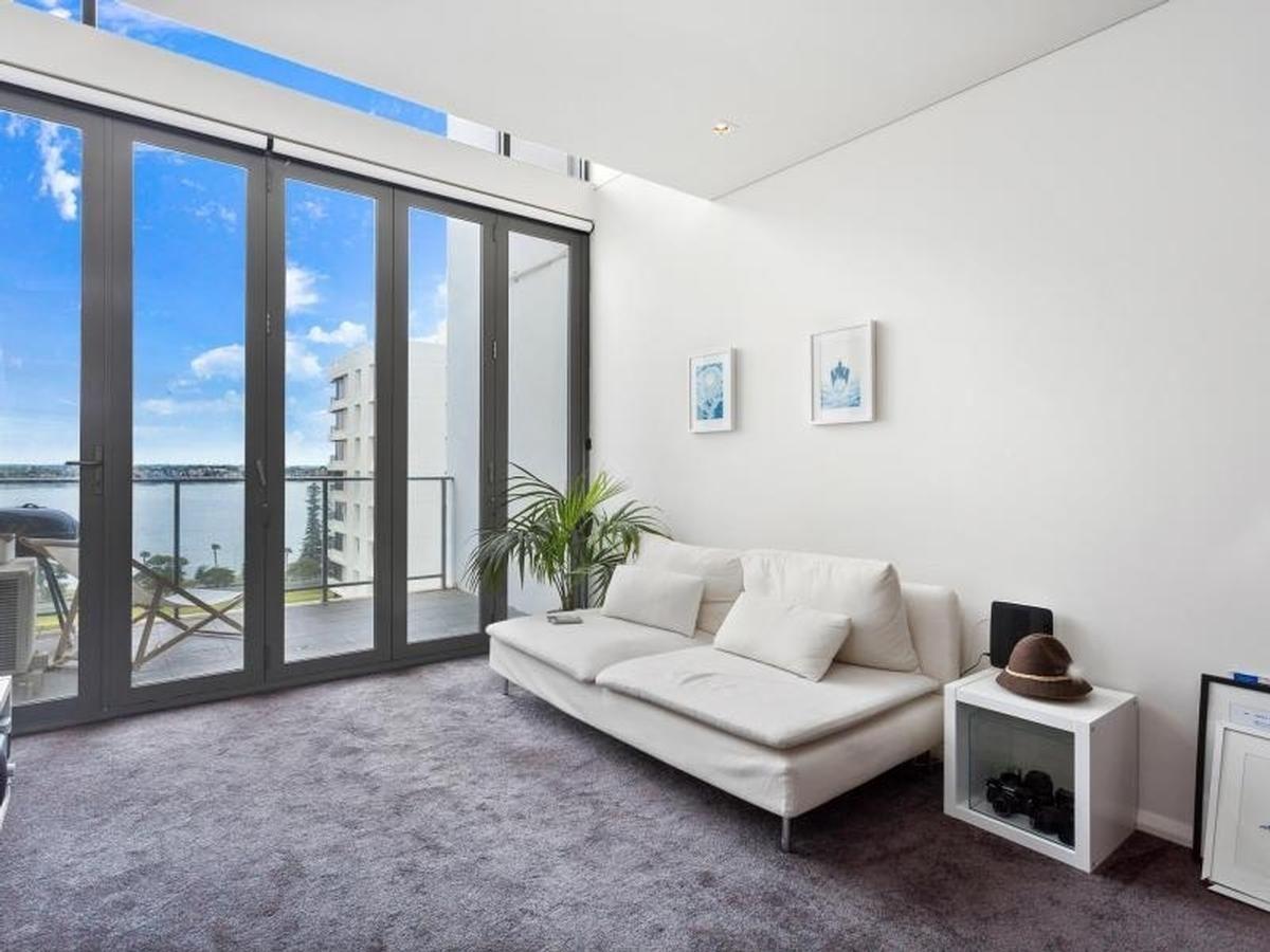 79/151 Adelaide Terrace, East Perth WA 6004, Image 2