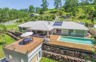 Picture of 1 Queens Ridge Place, Nerang QLD 4211