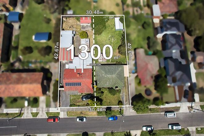 Picture of 32-32a Lane Crescent, RESERVOIR VIC 3073