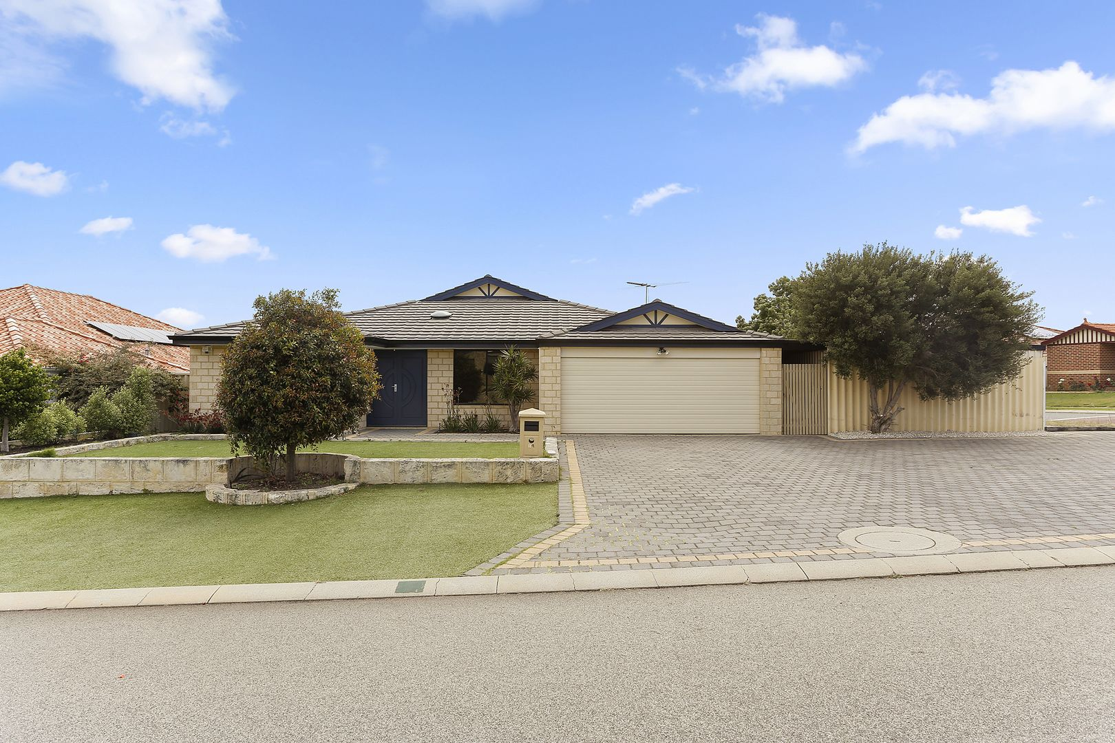 19 Rosedale Vista, Hocking WA 6065, Image 0