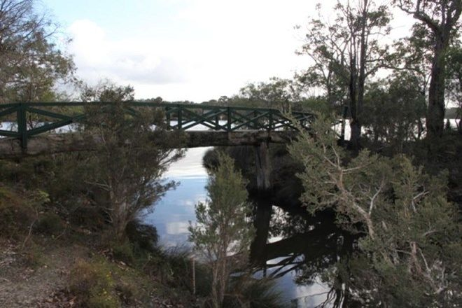 Picture of 24 Flora Grove, MOLLOY ISLAND WA 6290