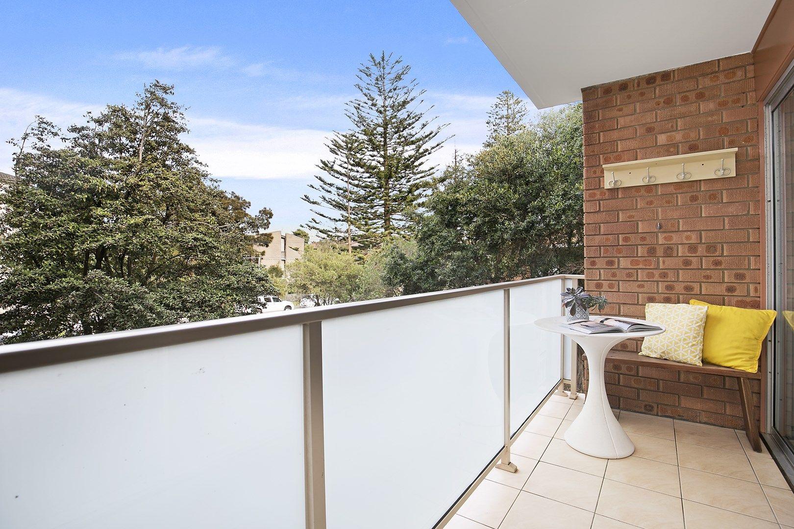 2/36 Seabeach  Avenue, Mona Vale NSW 2103, Image 0