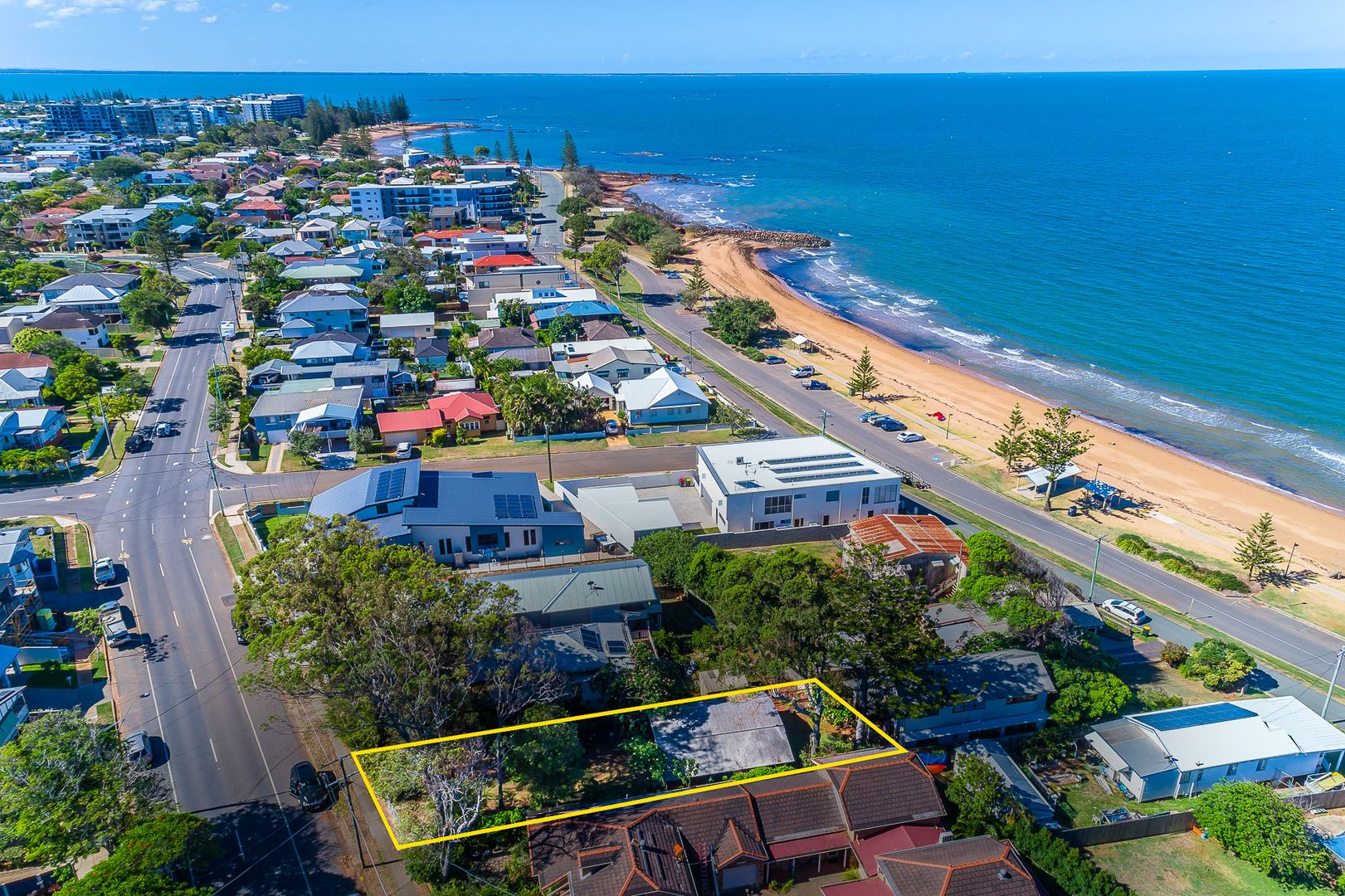 208 Prince Edward Pde, Scarborough QLD 4020, Image 1