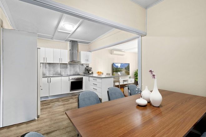Picture of 27 Buena Vista Avenue, LAKE HEIGHTS NSW 2502