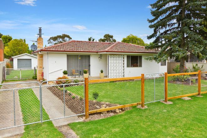 Picture of 6 Claude Street, ARMIDALE NSW 2350