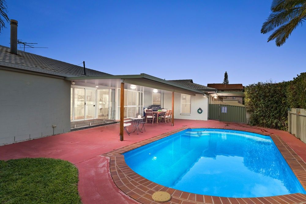 1 Bow Court, Banksia Beach QLD 4507, Image 0