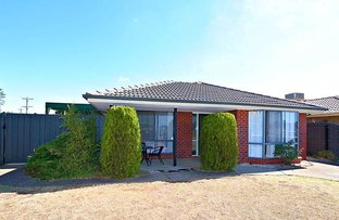 Picture of 1 Reynolds Place, Melton South VIC 3338