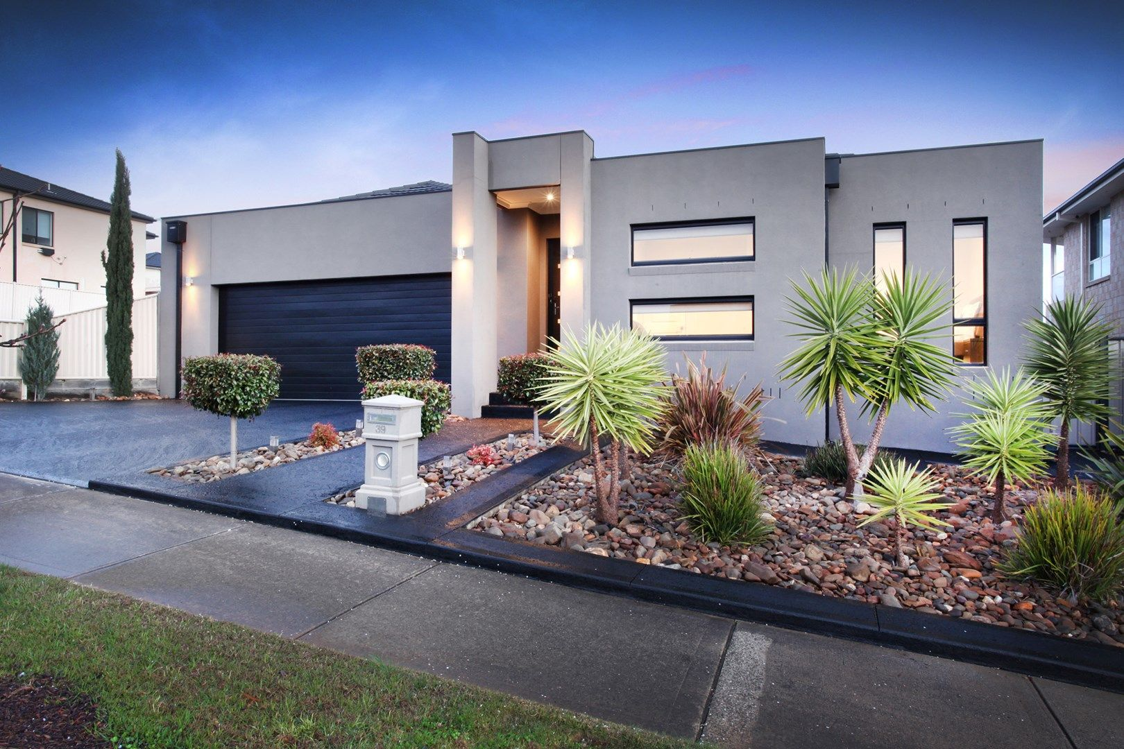 39 Helmsdale Crescent, Greenvale VIC 3059, Image 0