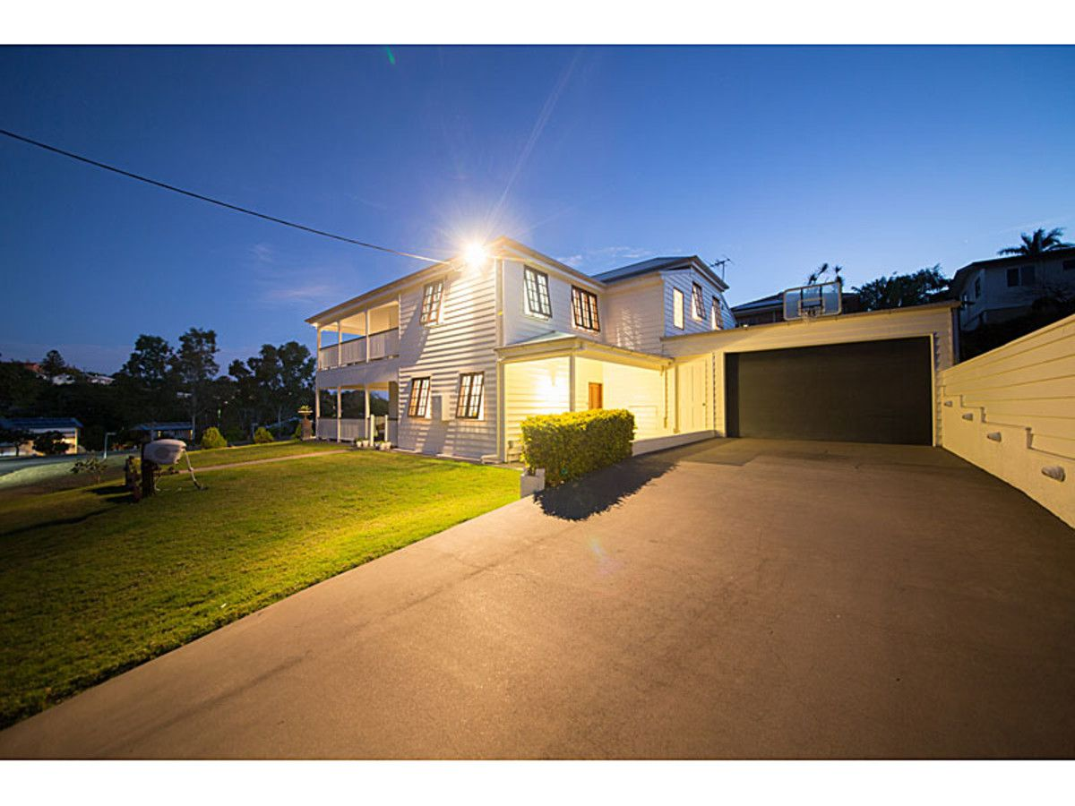 32 Beaconsfield Tce, The Range QLD 4700, Image 1
