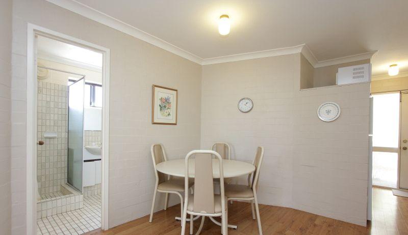 27/4 Manning Terrace, South Perth WA 6151, Image 2