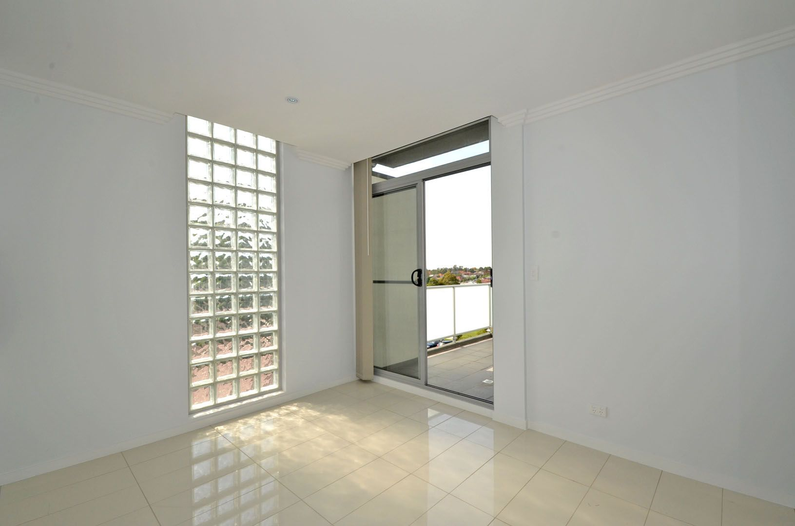 Unit 12/20 Glebe Street, Parramatta NSW 2150, Image 2