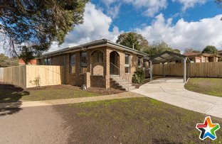 7 Parklands Avenue, Chirnside Park VIC 3116