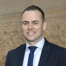 Michael Dowling, Sales representative