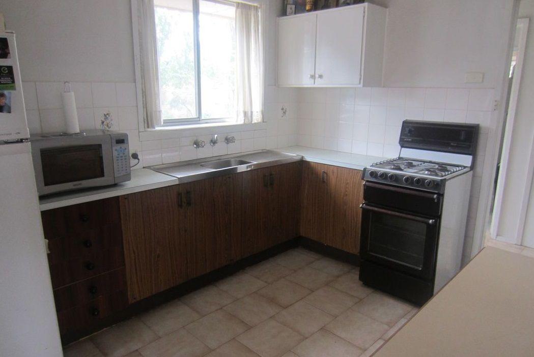 70 Roebourne  Crescent, Campbellfield VIC 3061, Image 2
