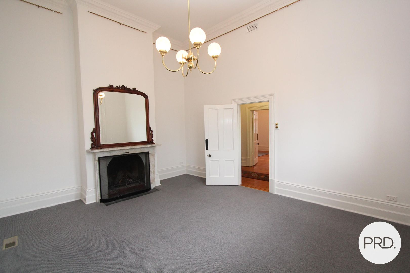 206 Macarthur Street, Soldiers Hill VIC 3350, Image 2