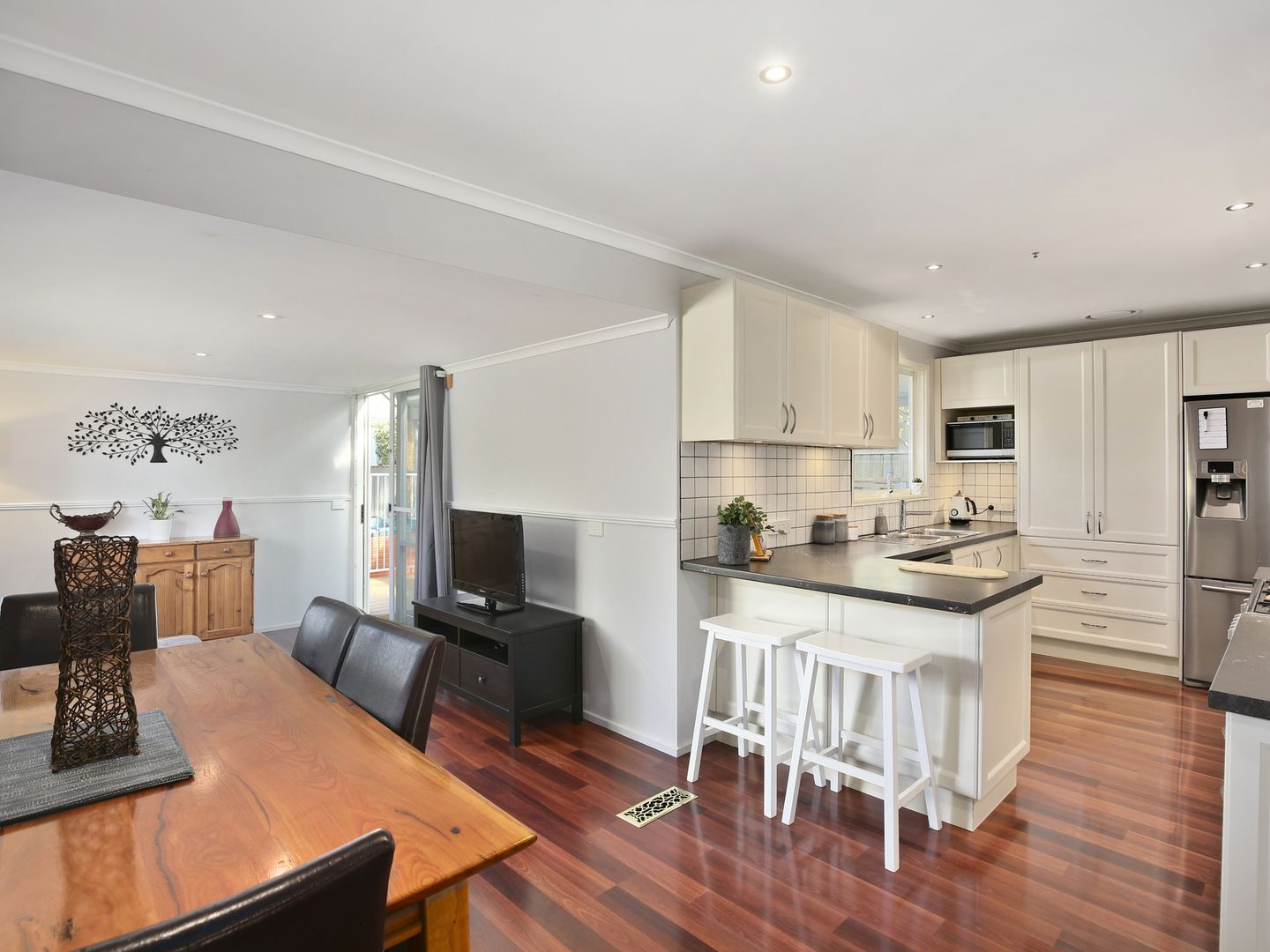 2 Valewood Drive, Launching Place VIC 3139, Image 1