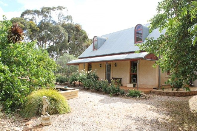 Picture of 2 Hector Road, MINTARO SA 5415