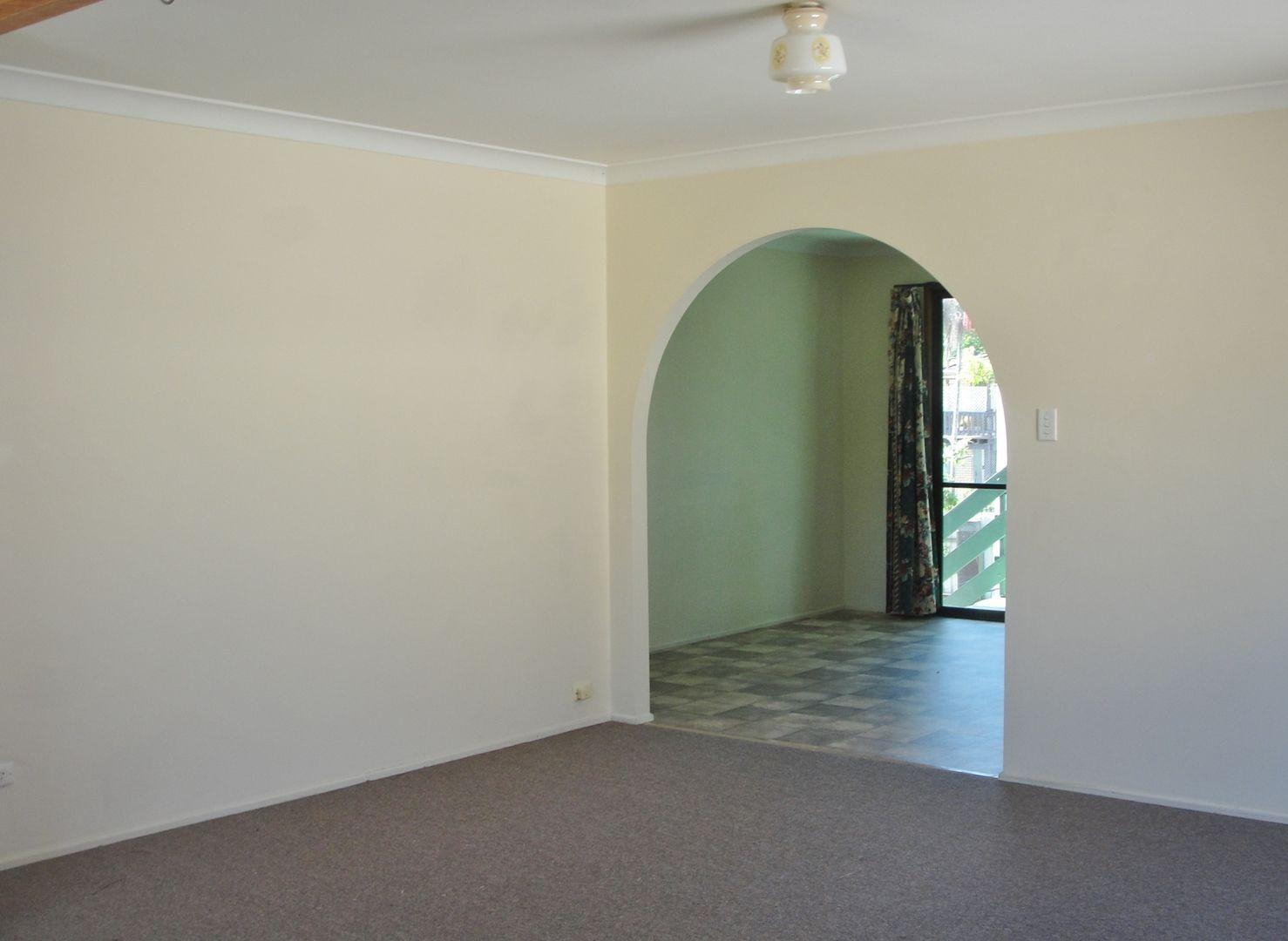 8 Gerrand Street, Loganlea QLD 4131, Image 2