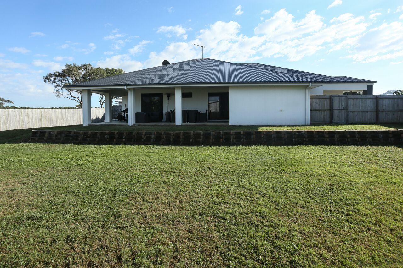 10 Ashley Place, Innes Park QLD 4670, Image 20