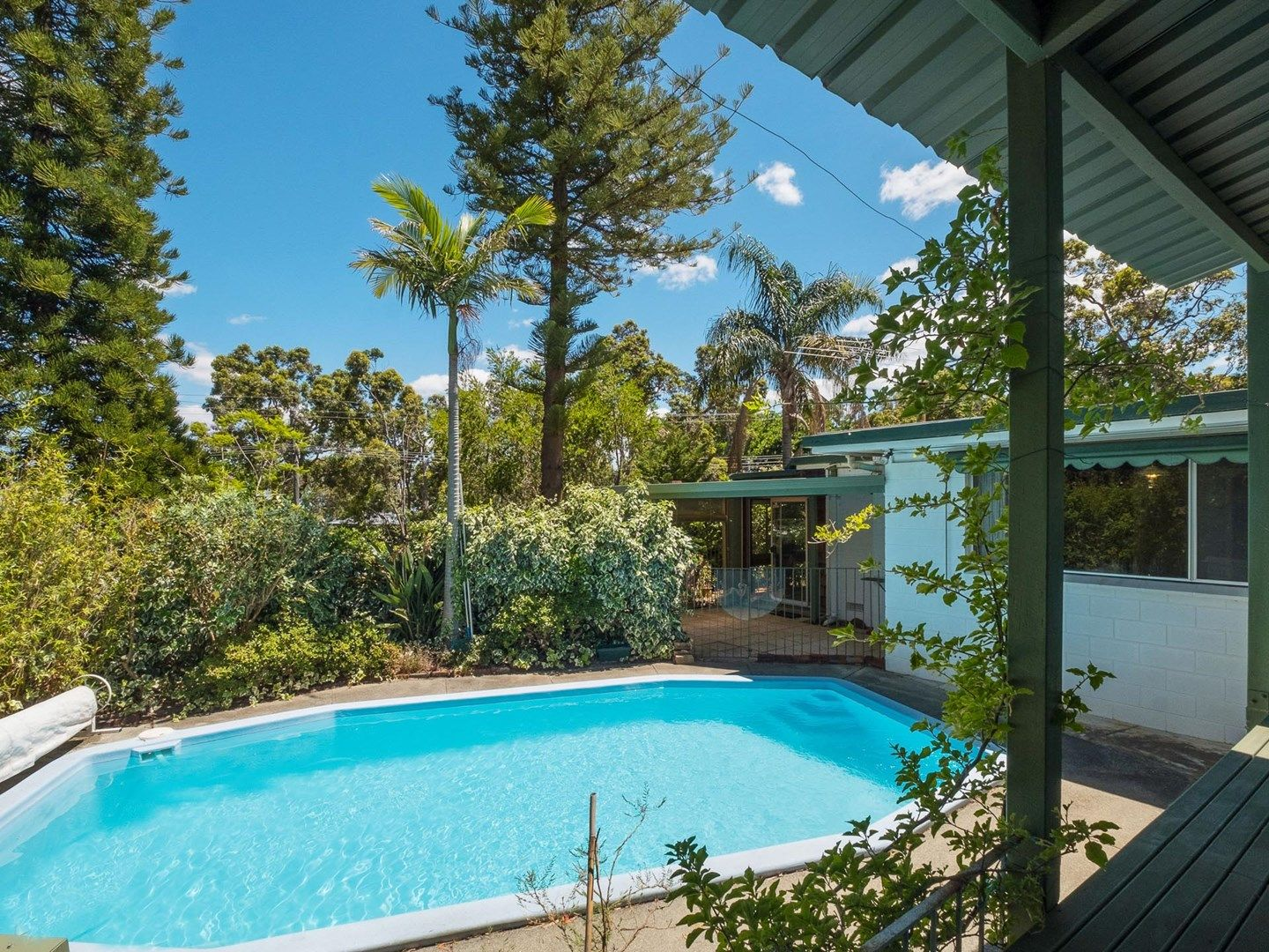 8 Hermes Road, Gooseberry Hill WA 6076, Image 2