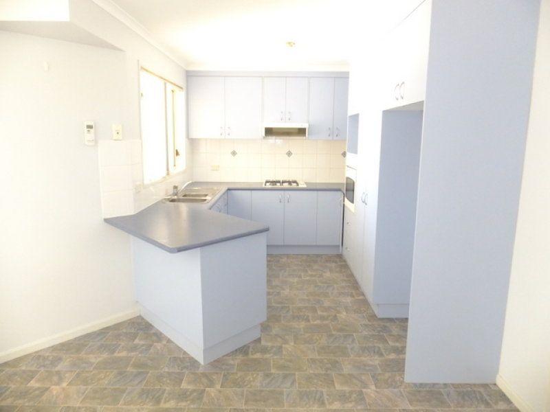 943 Calimo Street, North Albury NSW 2640, Image 2