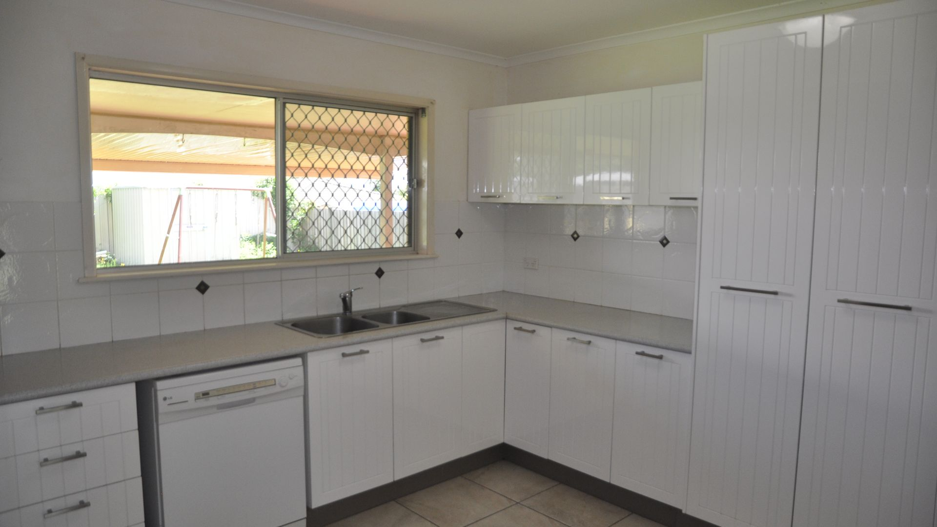 49 Knockator Crescent, Centenary Heights QLD 4350, Image 2