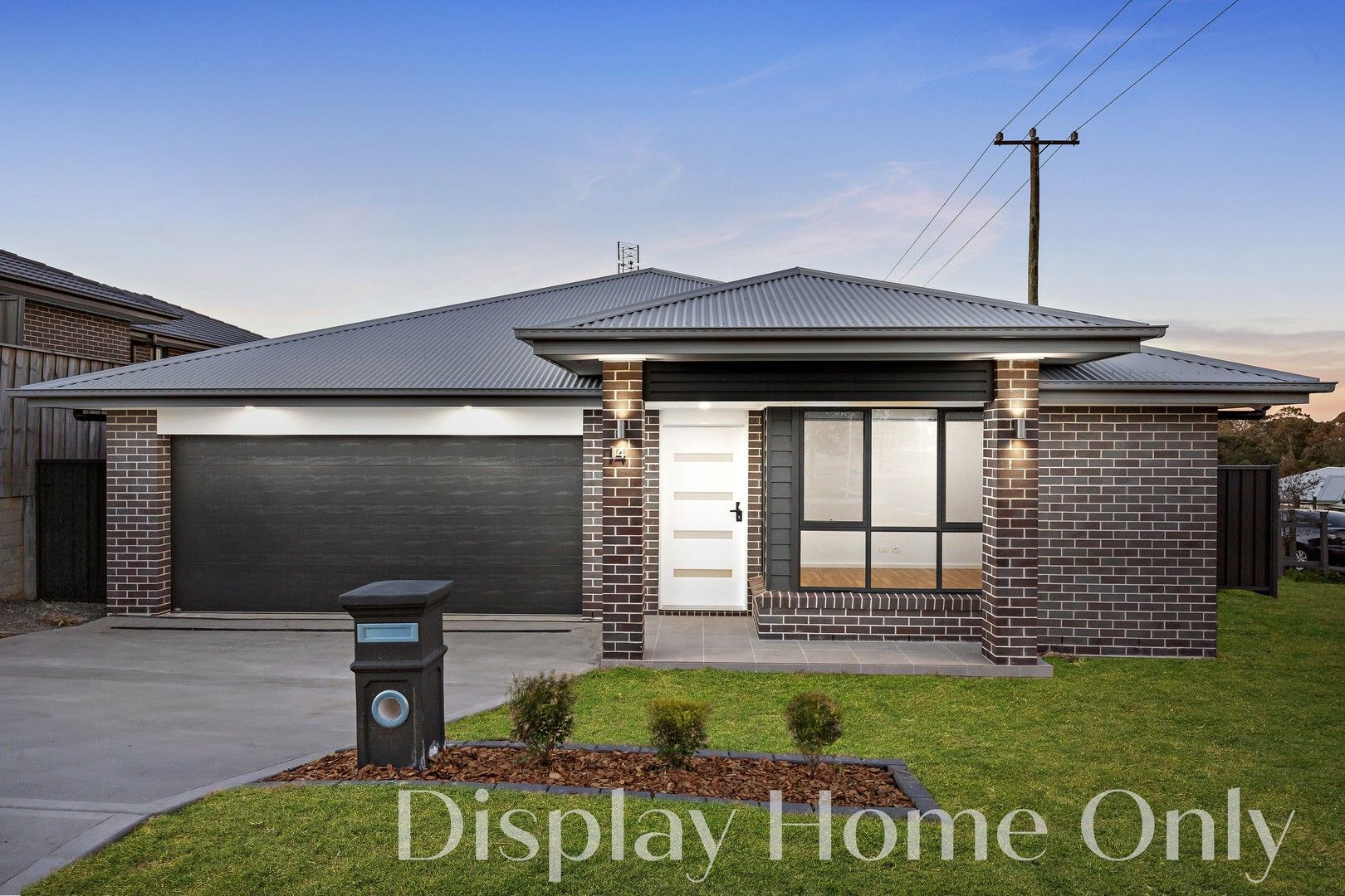 8 Blacksmith  Street, Cliftleigh NSW 2321, Image 0